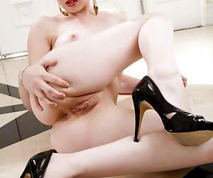 Category: lexi belle